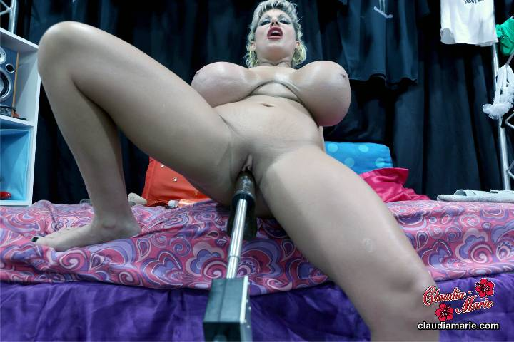 Claudia marie fucked by member of her website - 1 part 9
