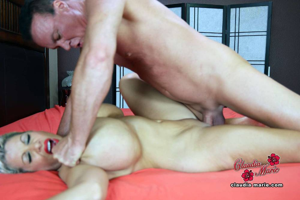 They meet and fuck for the first time - 1 part 8
